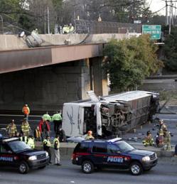 bus5 Woman is Injured in San Francisco Muni Bus Crash